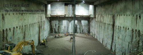Baugrube Block 1-3 Südseite - Blick nach Süden