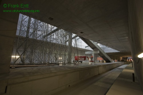 Blick aus der Nordwestecke der Station (Bahnsteig)