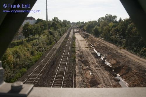 Strecke Leutzsch-Markranstädt - Blick von der Fußgängerbrücke Ludwig-Hupfeld-Straße nach Süden
