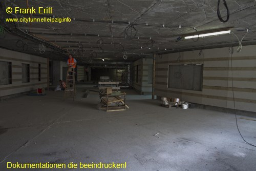 Fu�g�ngertunnel Eingang Willy-Brandt-Platz (Aufzug)